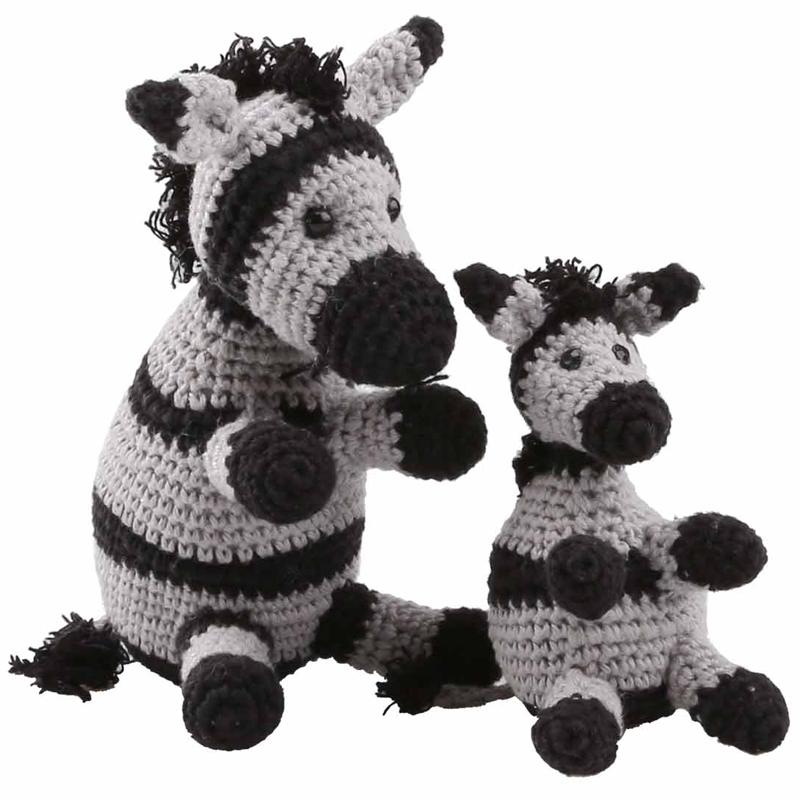 Snoopy Amigurumi Crochet Kit | Stitch & Story - Stitch & Story | 800x800