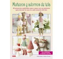 Muñecos y adornos de tela