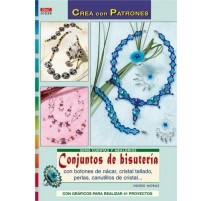 Conjuntos de bisutería con botones de nácar, cristal tallado, perlas, canutillos de cristal...