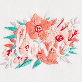Kit de Bordado Flores Enamoradas - DMC
