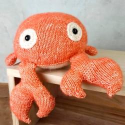 Knitting Kit – Karel Crab