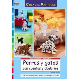 Perros y gatos con cuentas y abalorios